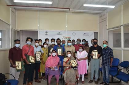 ग्रामीण विकास मंत्रालय और राष्ट्रीय ग्रामीण विकास एवं पंचायती राज संस्थान (एनआईआरडी एवं पीआर) ने 75 दिव्यांगजनों को हुनरबाज पुरस्कार से सम्मानित किया