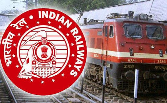 भारतीय रेलवे ने रेलवे प्रशासन और लोगों के बीच सूचना और सुझावों के निर्बाध प्रवाह को सुनिश्चित करने के लिए बोर्ड कंट्रोल सेल खोला