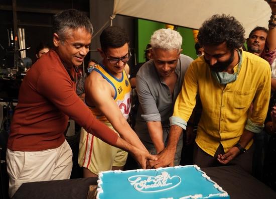 आमिर-करीना अभिनीत 'लाल सिंह चड्ढा' की शूटिंग हुई पूरी: अनिल बेदाग़