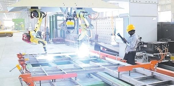 रायबरेली में रेल कोच बना रहे हैं रोबोट- मशीनी मानव, विकास या विनाश!!