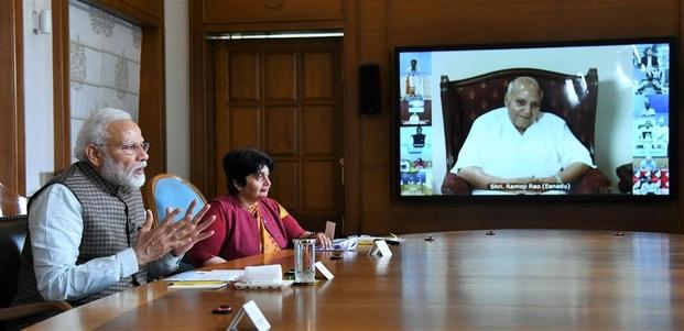 प्रधानमंत्री ने प्रिंट मीडिया के पत्रकारों और साझेदारों के साथ बातचीत की